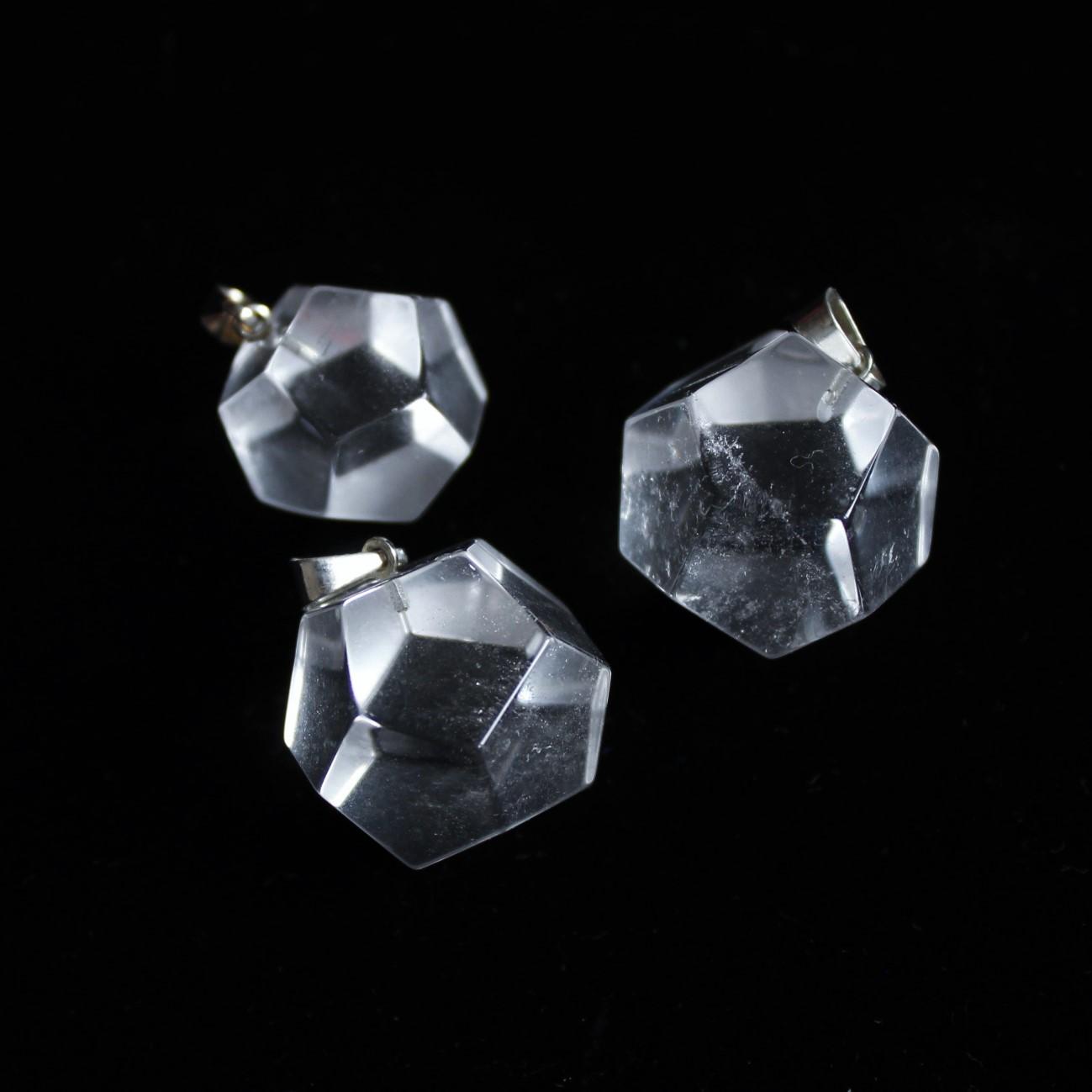 Mäekristall oktaeeder